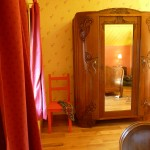 Armoire - Chambre rose - Gîte en Lorraine